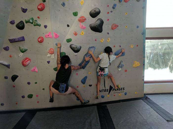 Twister climbing game