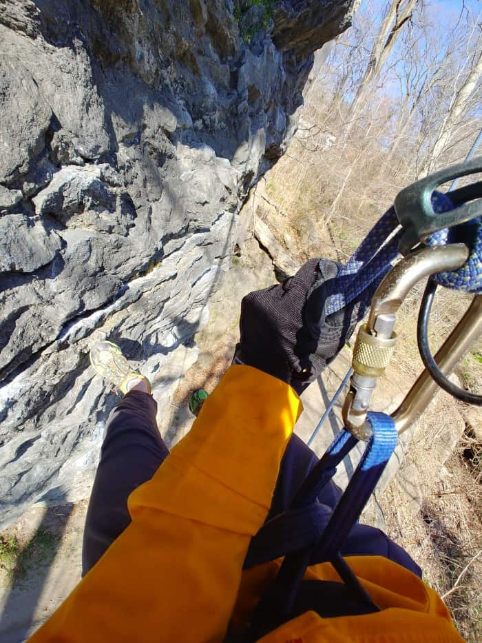 Rappelling with the Petzl Cordex.
