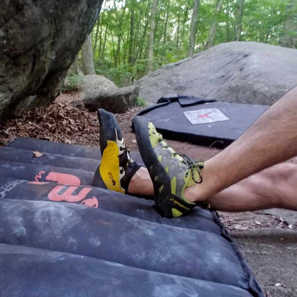 Comparing the La Sportiva Tarantulace and Solution.